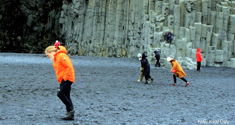 Island Reynisfjara den svarte stranda_Kristin Daly