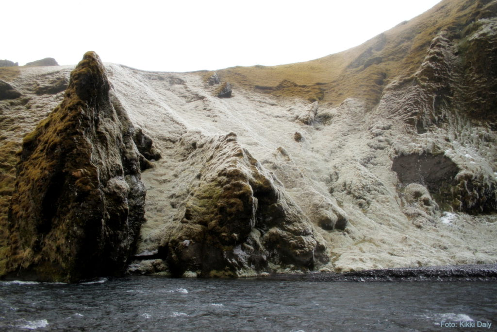 Island Skogafoss_is fra dråper